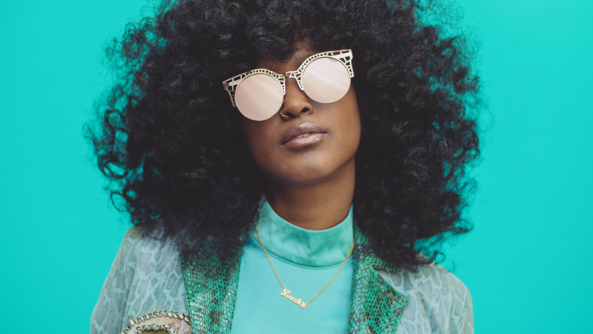Koncertaktuelle Iris Gold udsender debutalbum og tager på turné