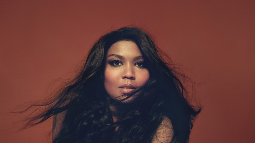 Rapperen og sangerinden Lizzo: – Kun musikere burde anmelde plader