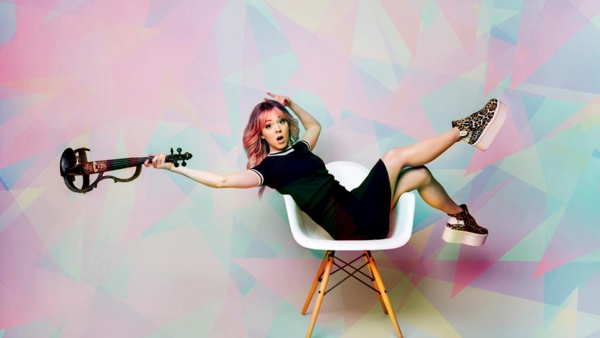 Det elektroniske violinfænomen Lindsey Stirling til Danmark