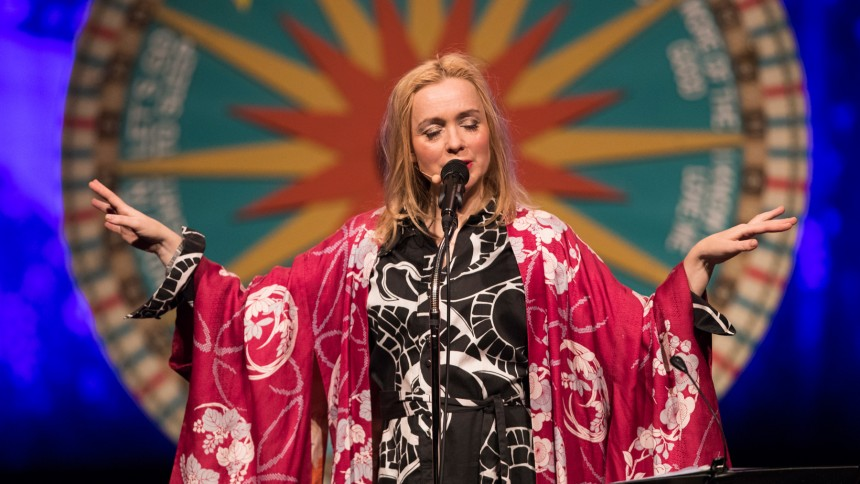 International sangskriverfestival med store navne i Odense