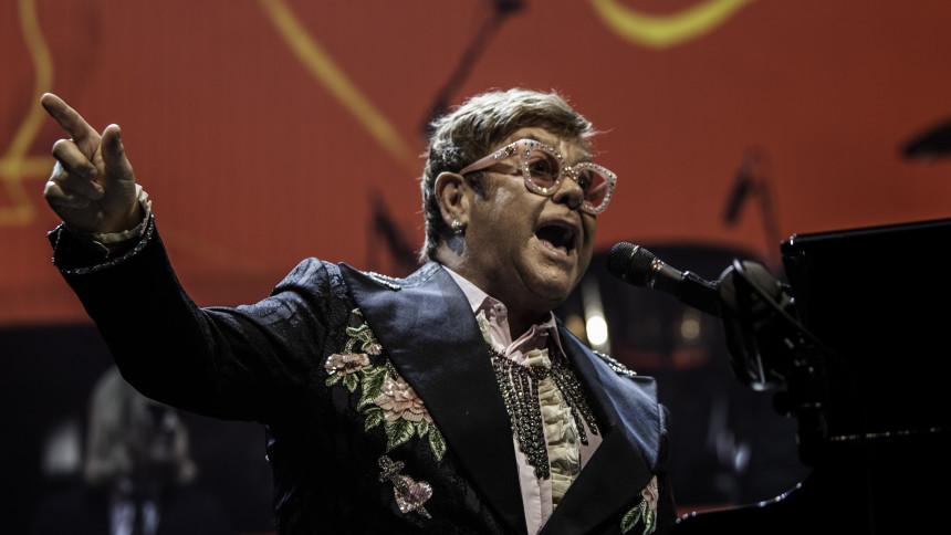 Elton John annoncerer omfattende jubilæumsbokssæt