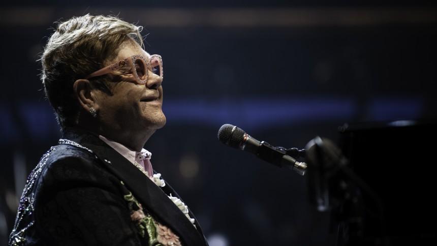 Elton John arbejder på ny musik med store navne