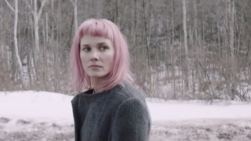 Oh Land klar med smuk video –instrueret af Helena Christensen