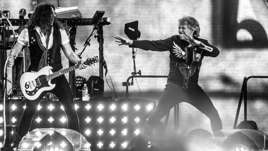 Skuffende Bon Jovi indvier kampklar Sønderborg med stærk opvarmning