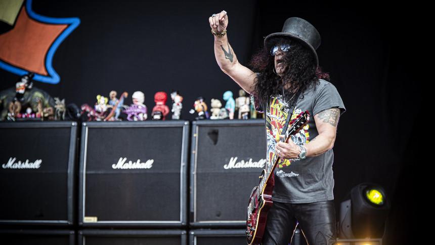 Slash i topform under den høje hat