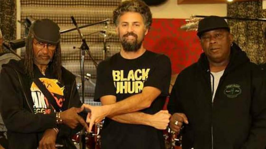Reggae-krig på vokal og rytmer