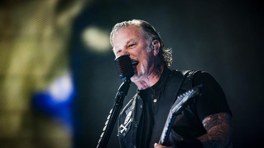 Metallica reddede sig ud fra ujævn start til publikumsekstase