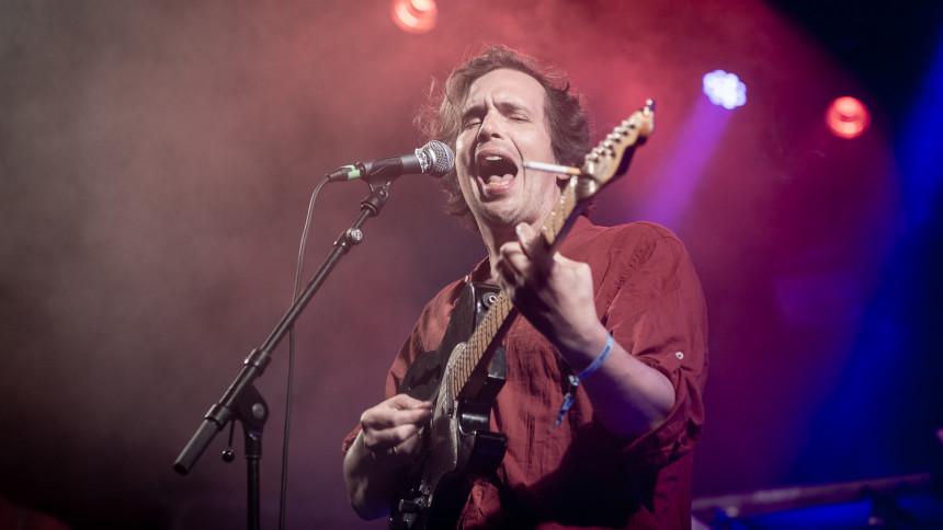 Filosofisk funk-fest lukkede en smuk, grim festival