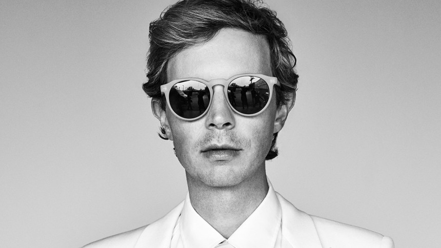 Beck annoncerer nyt album –hør to smagsprøver