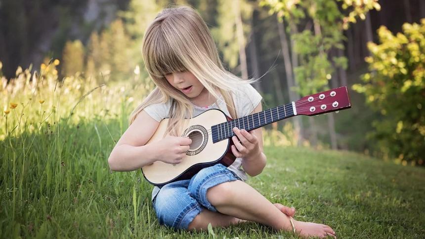 MÅLING: Så mange forældre forsøger at påvirke deres børns musiksmag