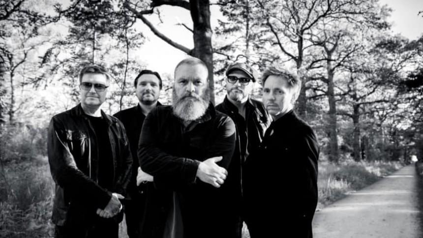Dansk rockband klar med live-album og udskudt jubilæumsturné