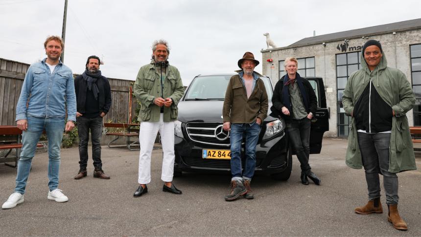 KARANTÆNE-TV: Toppen af Poppen Turbus lægger vejen forbi Aakjær, Moleko, Huss og mange flere