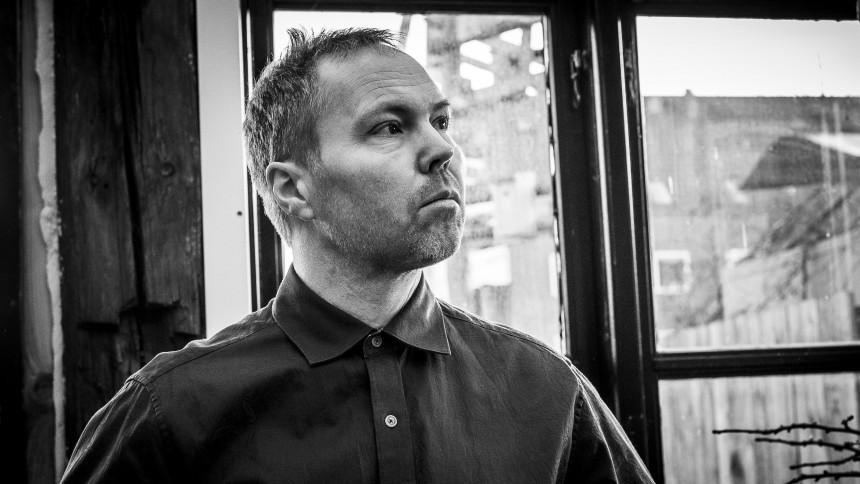 Den danske reggaesanger Philip K udsender ny single