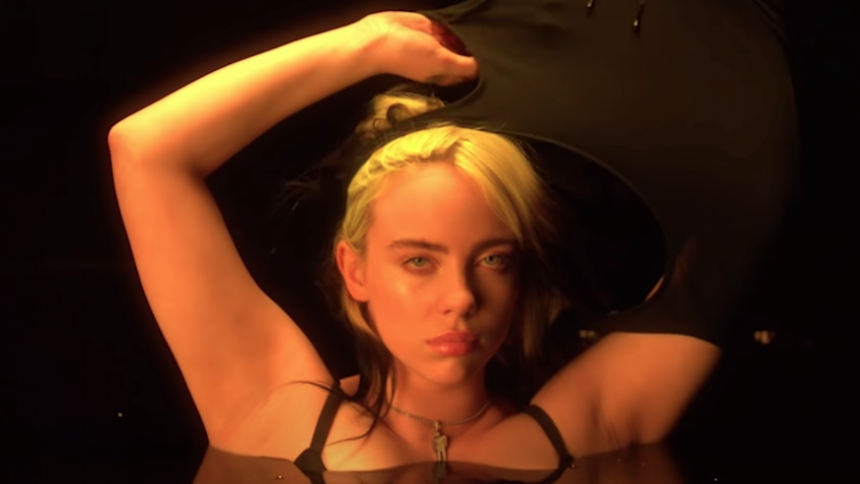 VIDEO: Billie Eilish udgiver kortfilm om body-shaming