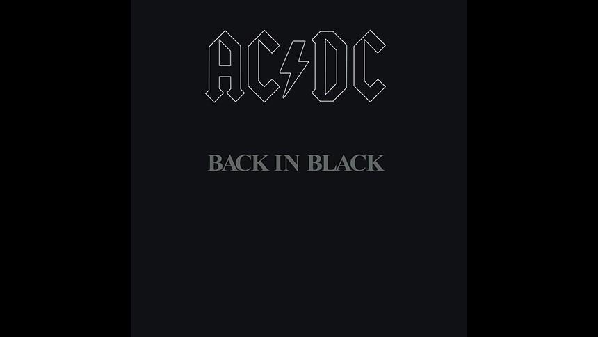 """AC/DC's """"Back in Black"""" fylder 40 – her er historien om klassikeren, fortalt af Angus Young"""