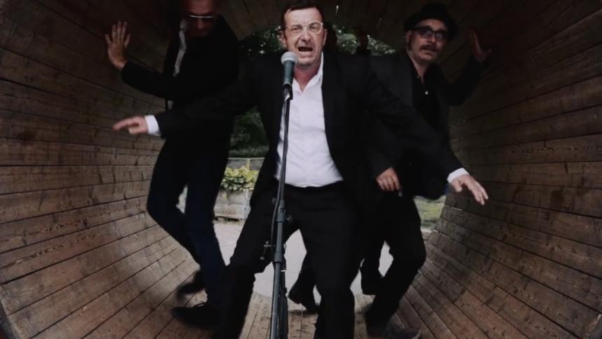 """VIDEOPREMIERE: All star-undergrundsbandet Falderebet melder ud: """"Jeg har ingen problemer"""""""