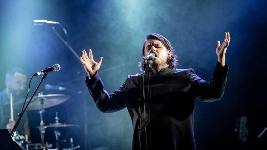 Det sofistikerede indiepopband er i den grad synligt igen
