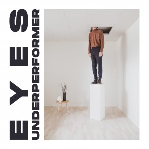 Eyes: Underperformer