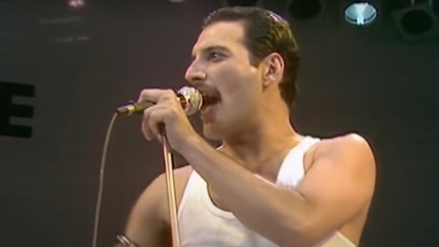 QUEEN-JUBILÆUM: Her er Freddie Mercurys 10 bedste performances