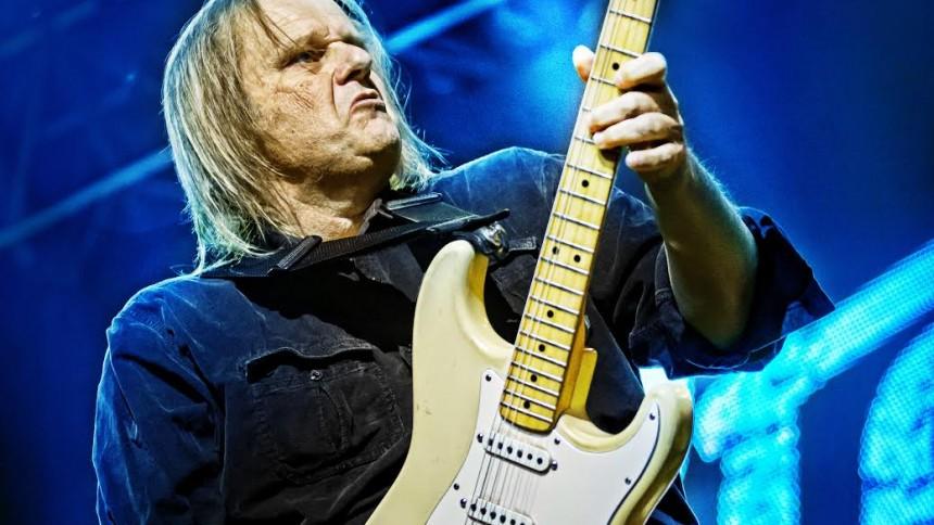 Walter Trout giver endnu en dansk koncert –med Johnny Madsen som support