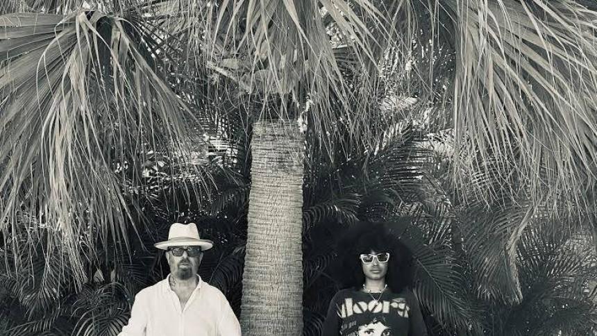 Iris Gold indspiller album med Eurythmics-legende
