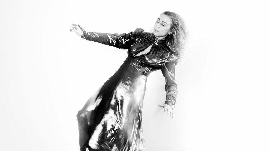 NANA JACOBI-INTERVIEW: En Magnet Sky, der tiltrækker store armbevægelser