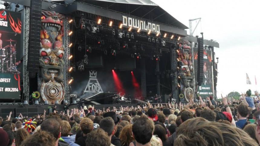 Stor engelsk rock- og metalfestival aflyser