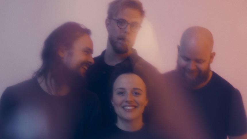 Indiefolk-kvartettens nyeste udspil svømmer i vellyd