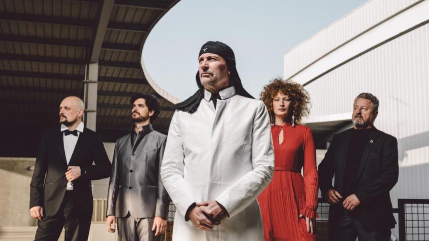 Kultbandet Laibach giver koncert i København