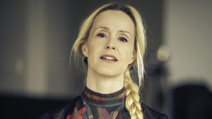 Tina Dickow annoncerer nyt album på dansk –og turné