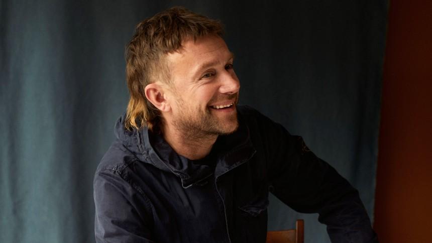Damon Albarn annoncerer nyt soloalbum –hør førstesinglen