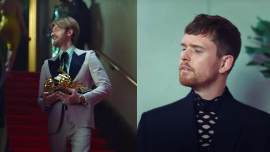 James Blake har mindreværds-komplekser over for Finneas i sjov video – album på vej